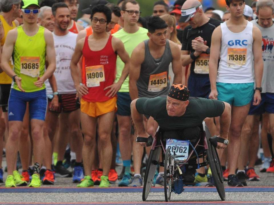 Wheelchair athlete Peter Hawkins starts the Long Island