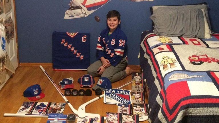 Kidsday reporter Nico Mazzella has a large Rangers