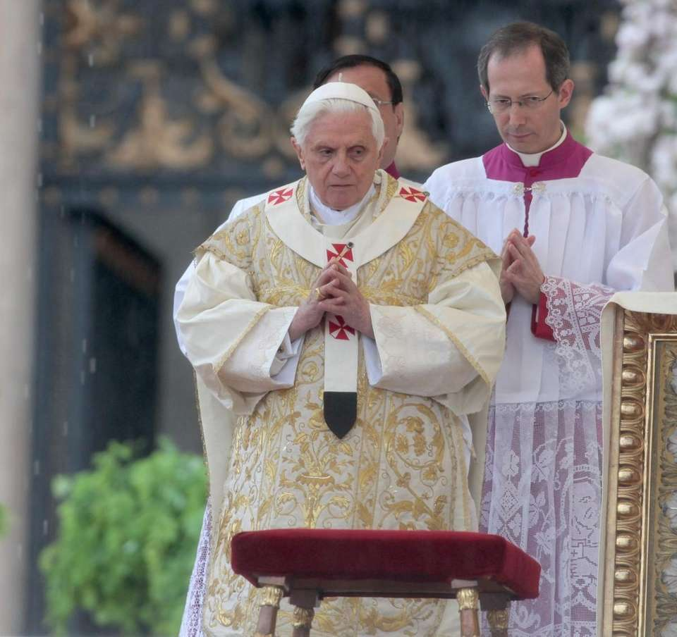 FILE: Pope Benedict XVI celebrates Easter Holy Mass
