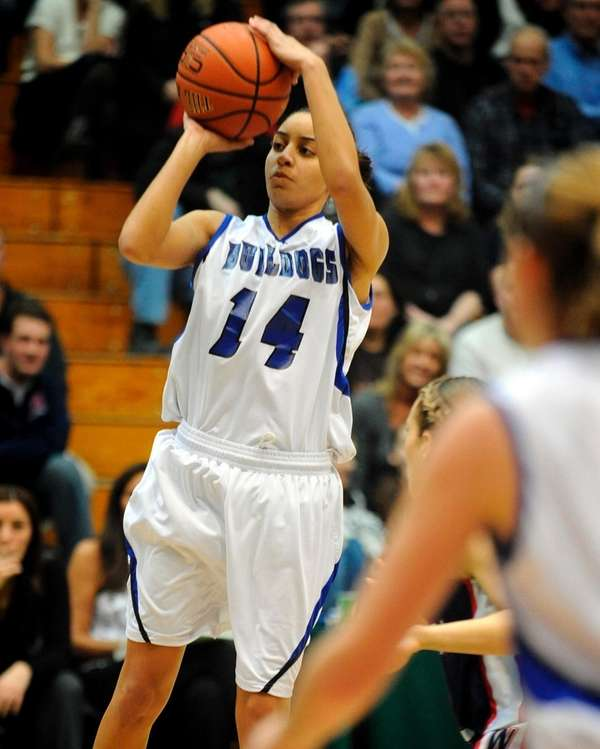 North Babylon's Bria Hartley finished with 19 points,