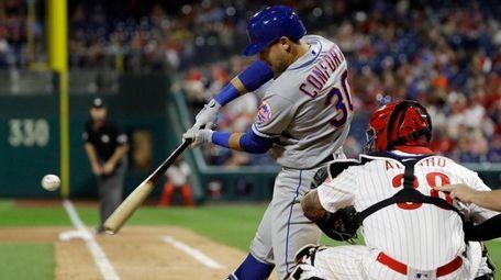 Michael Conforto hits a two-run homer off