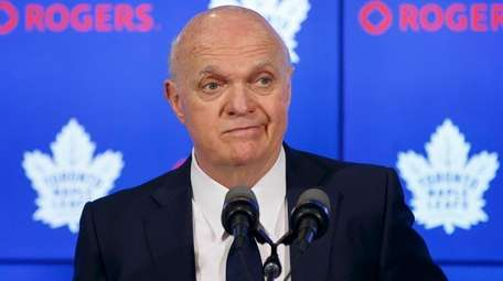 Former Maple Leafs GM Lou Lamoriello speaks to