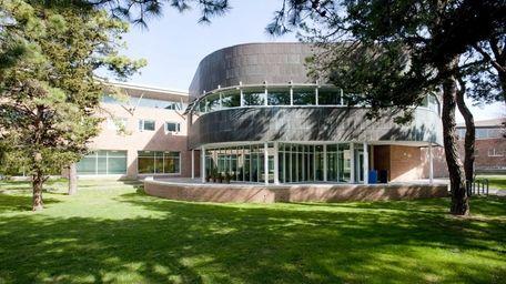 Chancellors Hall at Stony Brook University's Southampton campus.