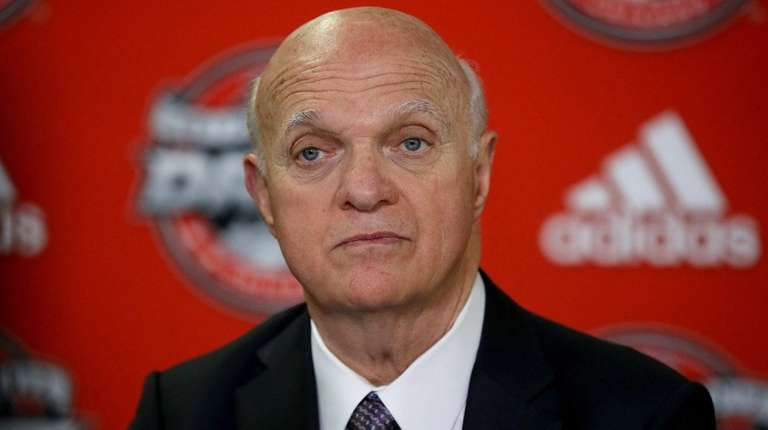 Maple Leafs general manager Lou Lamoriello speaks to