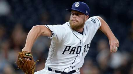 The Mets claimed reliever Buddy Baumann off