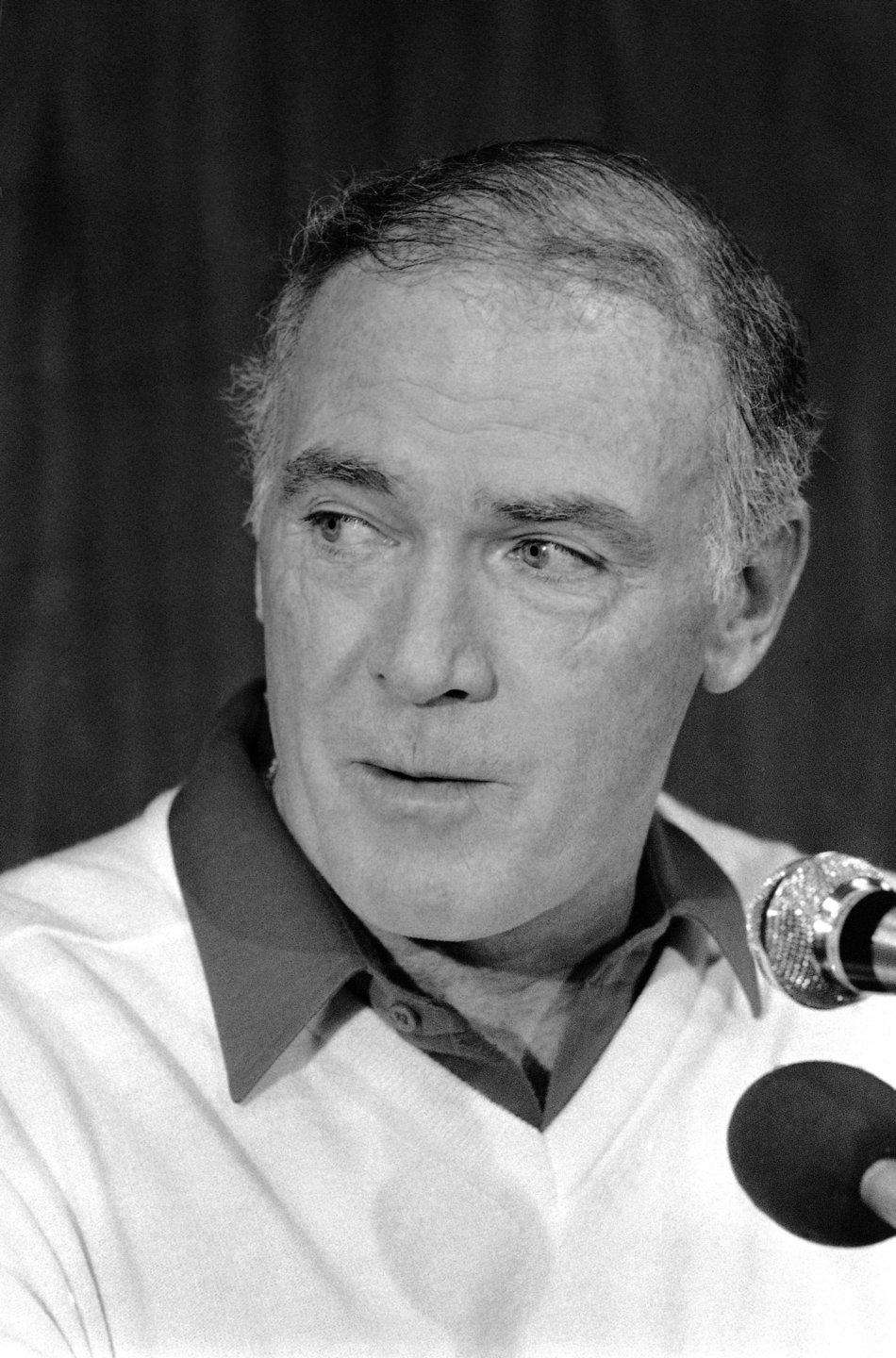 Chuck Knox, the former NFL coach who took