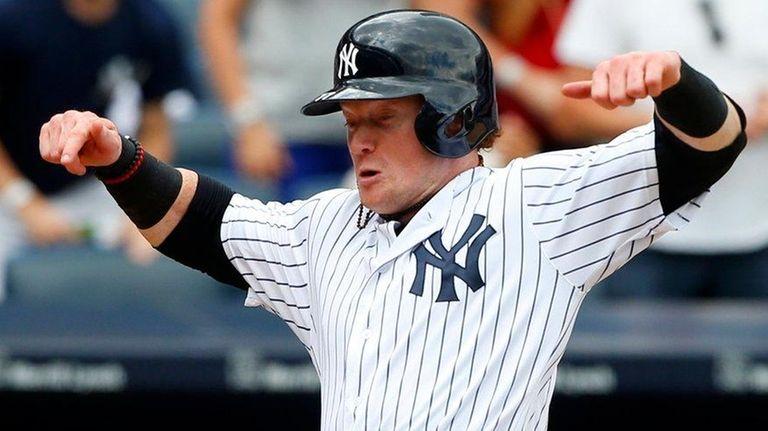 Clint Frazier of the Yankees scores a run