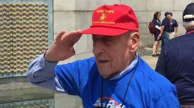 Ed Cartoski, 94, visits the National World War