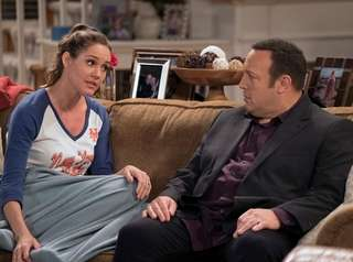 Erinn Hayes and Kevin James in a scene