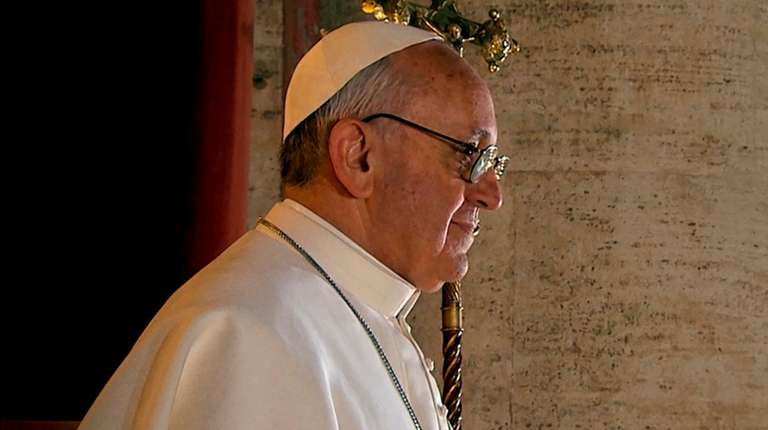 Pope Francis expresses concern over escalating violence in Middle East