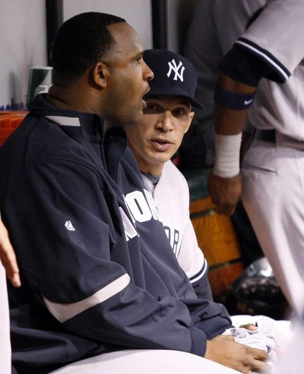 New York Yankees starting pitcher CC Sabathia, left,