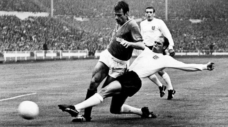 Shirebrook-born World Cup victor Ray Wilson dies aged 83