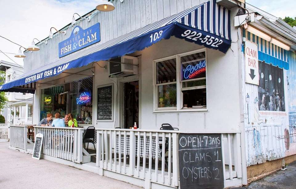 Customers dine at Oyster Bay Fish and Clam
