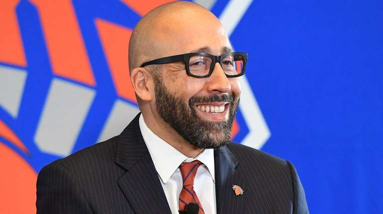 Knicks head coach David Fizdale answers questions from