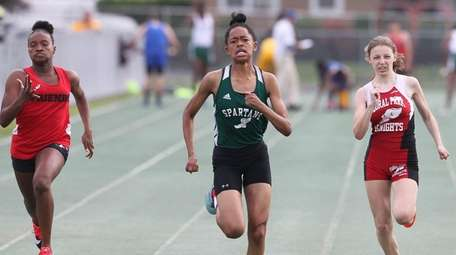 Valley Stream North's Tori Daniels wins 100 meters