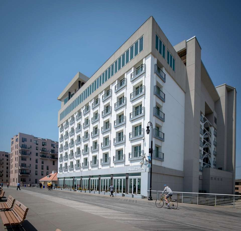Exterior view of the Allegria Hotel from the