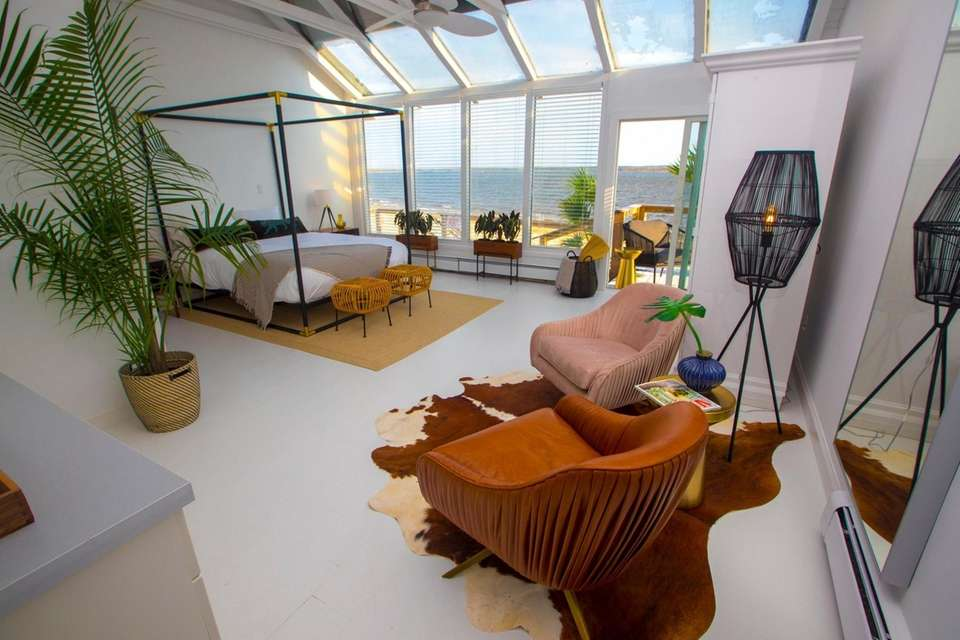 One of the suites at Aqua by American