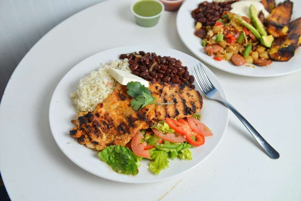 Grilled chicken with red beans, rice and salad