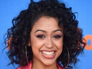 Liza Koshy attends Nickelodeon's 2018 Kids' Choice Awards