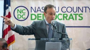 Nassau County Democratic Committee chairman Jay Jacobs speaks