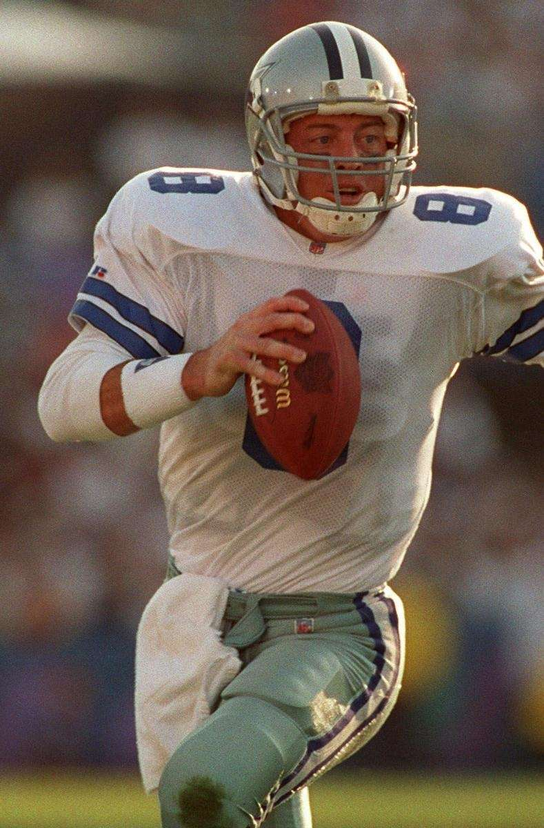 1989: TROY AIKMAN, QB, Dallas Cowboys Gets knocked