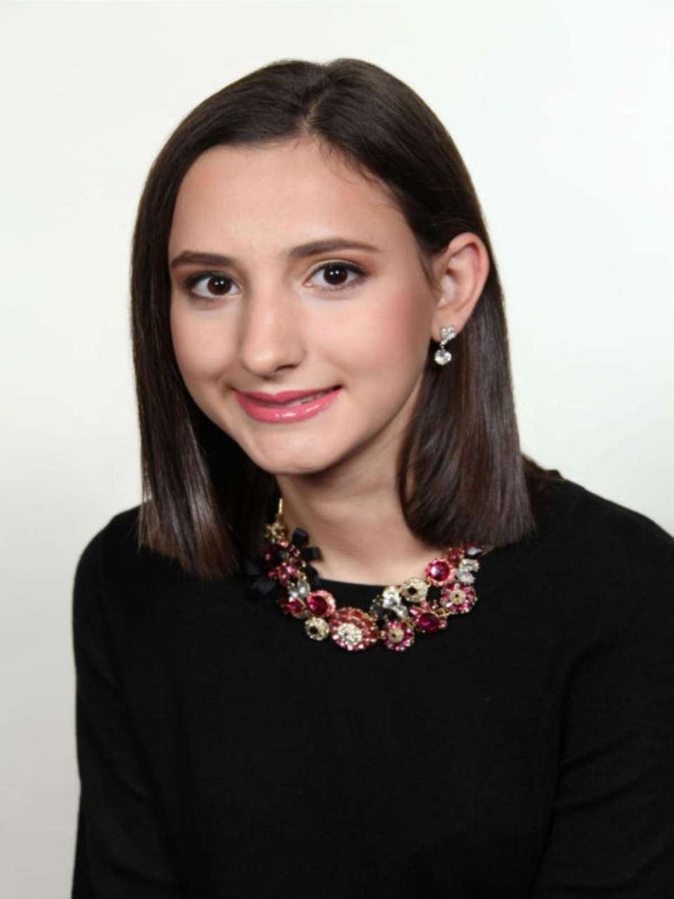 MIDRESHET-SHALHEVET HIGH SCHOOL, GABRIELLA KOEGEL Hometown: Brooklyn GPA: