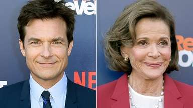 "Jason Bateman and Jessica Walter at the ""Arrested"
