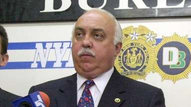 Chief of Detectives William Allee during a 2001