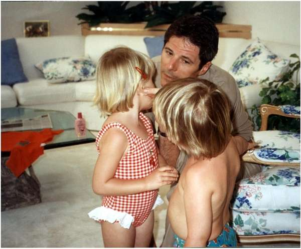 Ted Ammon, pictured in 1993 with his children,