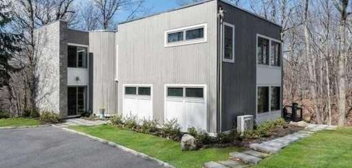 This Cold Spring Harbor home has a new