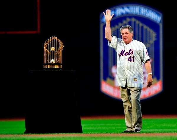 Tom Seaver is glad the Mets are finally