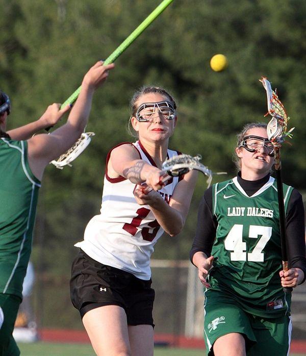 Garden City's Mikaela Rix picks up the ball