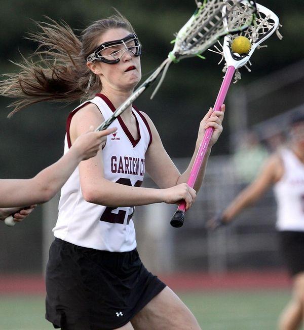 Garden City's Caroline Tarzian looks to shoot on