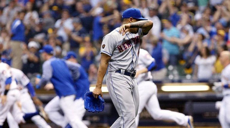 AJ Ramos of the Mets leaves the field