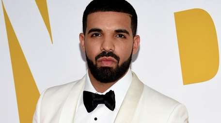Drake arrives at the NBA Awards on June