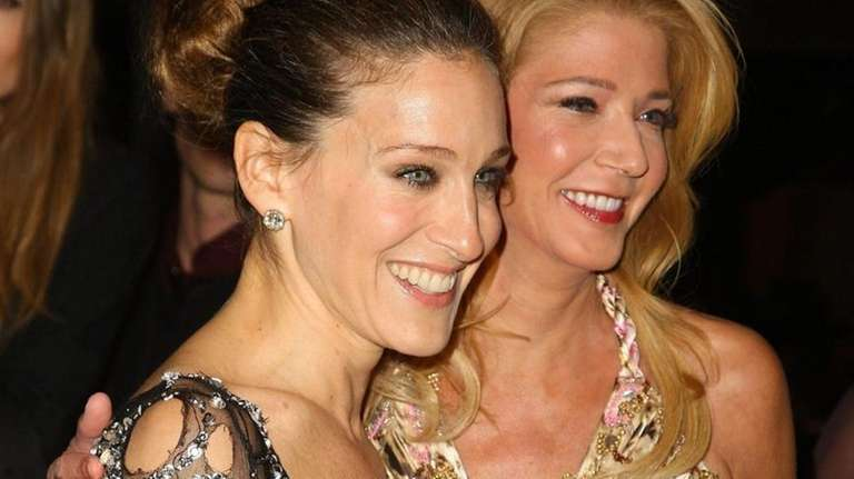 Actress Sarah Jessica Parker and Candace Bushnell attend