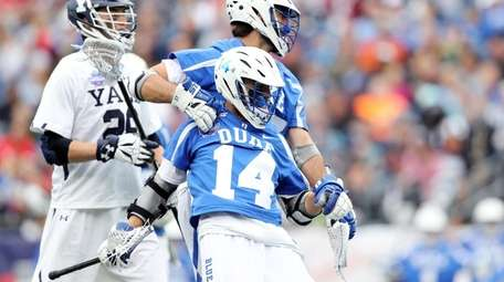 Brad Smith #27 of the Duke Blue Devils
