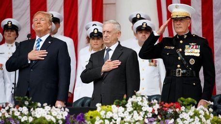 From left, President Donald Trump, Secretary of Defense