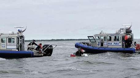 Suffolk Marine Bureau officers rescue four people from