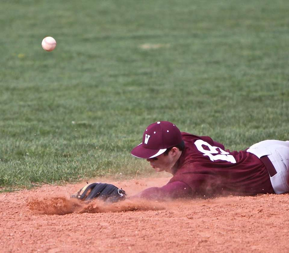 Whitman shortstop Billy Nelson #19 just misses snagging