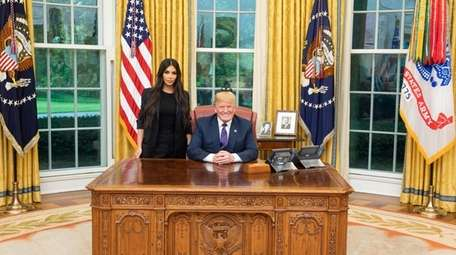 Kim Kardashian West meets with President Donald Trump