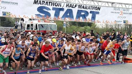 Start Area of the Long Island Marathon. (May