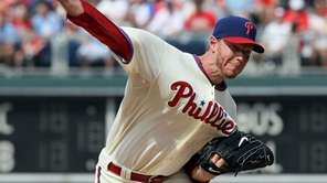 Roy Halladay #34 of the Philadelphia Phillies delivers