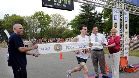 East Meadow, N.Y. - Sunday, May 2, 2010.