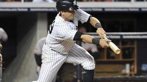 Yankees' Francisco Cervelli hits a sacrifice bunt moving