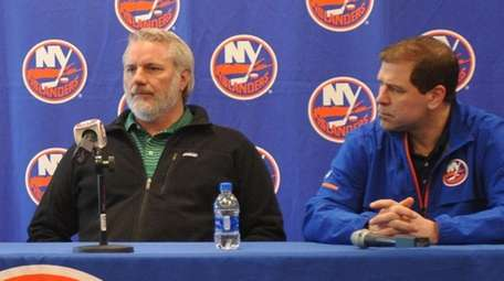 Islanders general manager Garth Snow and head coach