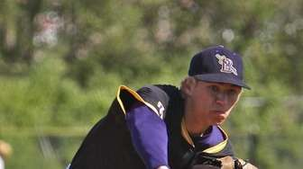 Starting pitcher for Islip #19 Edvardas Masusevcius. (May