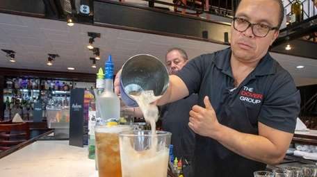Elias Gomez, bartender and vice president of beverages