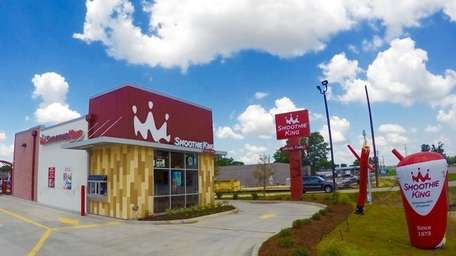Smoothie King plans to open a second Long