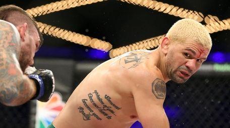 Nazareno Malegarie (28-4) defeated Marcos Galvao, right, (18-9-1)
